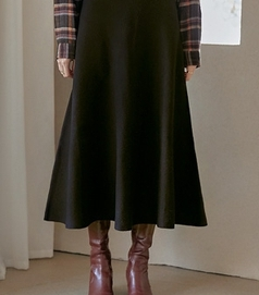 common-unique-長裙<br>커먼유니크-[SKIRT] SHARE FLARE KNIT LONG SKIRT